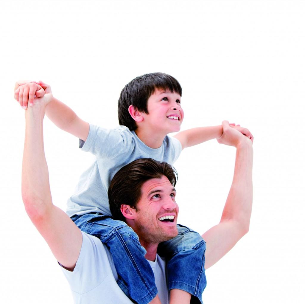 Padre e hijo feliz CEREGUMIL